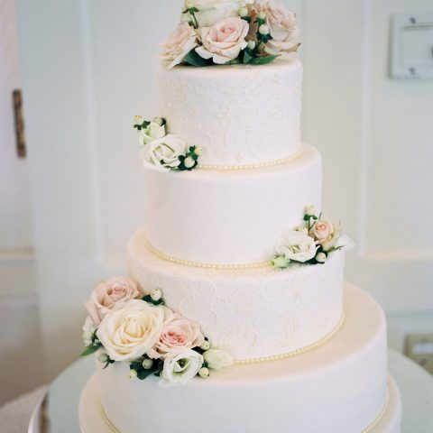 Cake Stand Rental in Rochester, NY