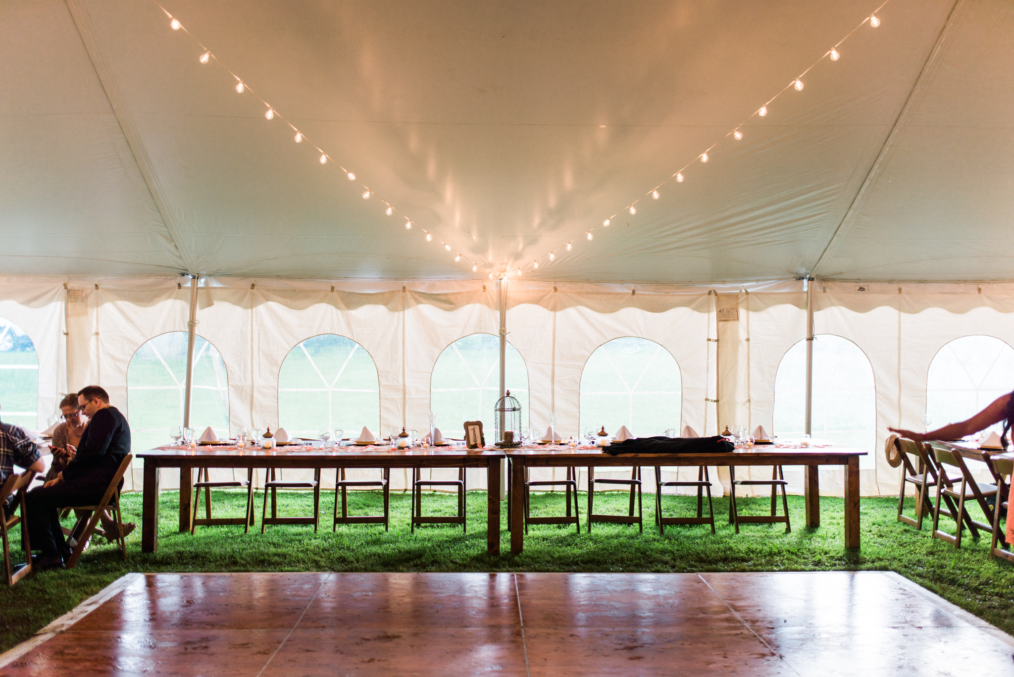 Allison And Sanj Headtable Mccarthy Tents Amp Events