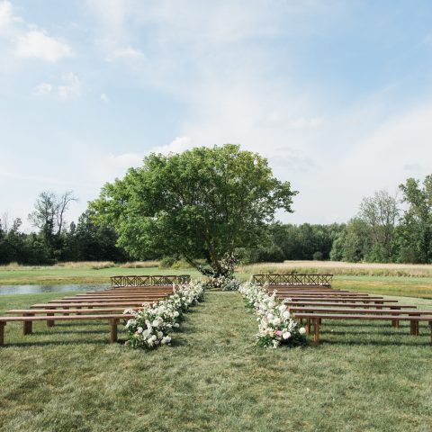 Rustic Wooden Bench Rental in Rochester, NY