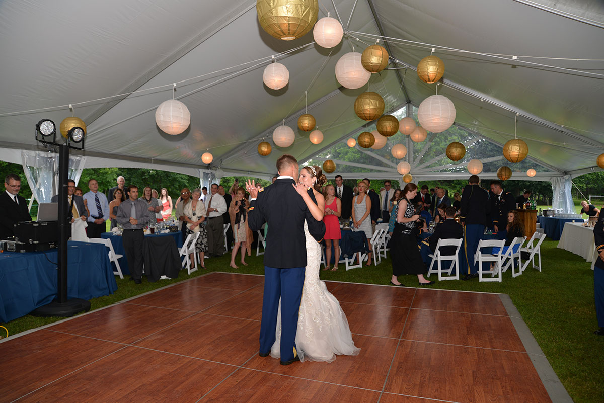 Structure Tent Globe Lanterns Mccarthy Tents Amp Events